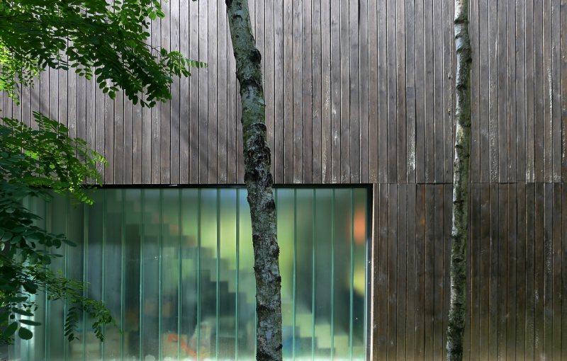 east_facade - Tetris Planken
